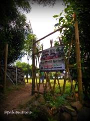 gerbang kampung wisata sindang barang